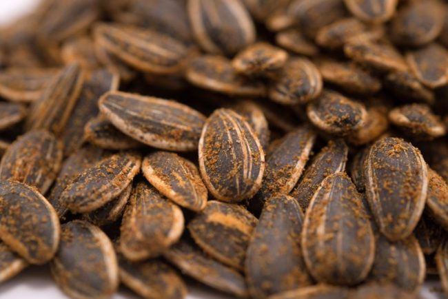 Habanero Roasted Sunflower Seeds - In Shell Close up